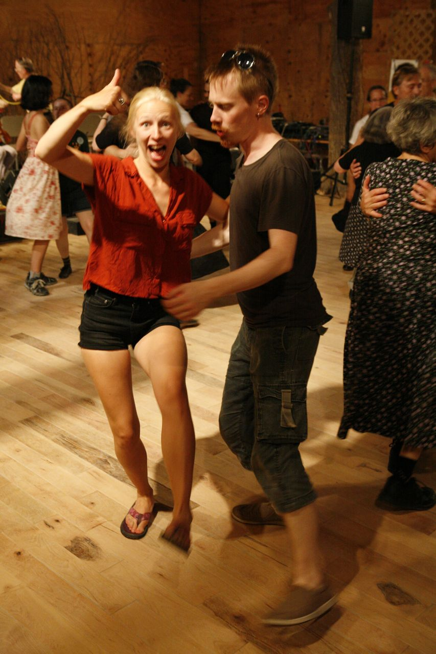 2014 - What are Lena and David doing on the dance floor?
